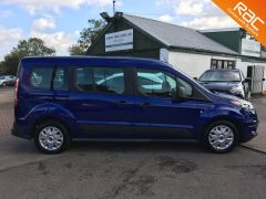 FORD GRAND TOURNEO CONNECT ZETEC TDCI - ONE OWNER FROM NEW - 522 - 4
