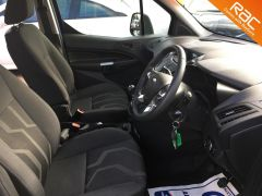 FORD GRAND TOURNEO CONNECT ZETEC TDCI - ONE OWNER FROM NEW - 522 - 12