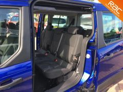 FORD GRAND TOURNEO CONNECT ZETEC TDCI - ONE OWNER FROM NEW - 522 - 10