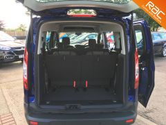 FORD GRAND TOURNEO CONNECT ZETEC TDCI - ONE OWNER FROM NEW - 522 - 8