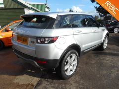 LAND ROVER RANGE ROVER EVOQUE SD4 PURE 4WD - FULL LAND ROVER HISTORY - 145 - 6