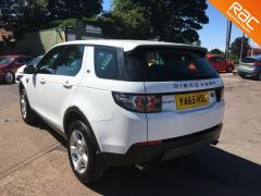 LAND ROVER DISCOVERY SPORT TD4 SE TECH - FULL LAND ROVER SERVICE HISTORY -  - 808 - 5