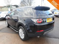 LAND ROVER DISCOVERY SPORT TD4 SE TECH - ONE PRIVATE OWNER  - 310 - 8