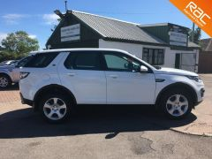 LAND ROVER DISCOVERY SPORT TD4 SE TECH - FULL LAND ROVER SERVICE HISTORY -  - 808 - 6